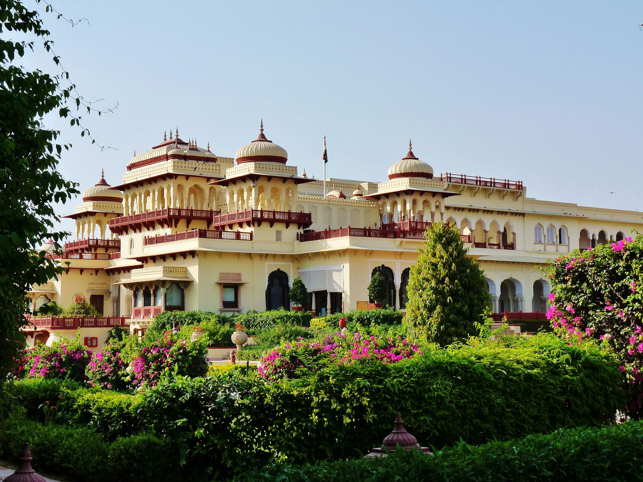 India con encanto Hotel rambagh-3