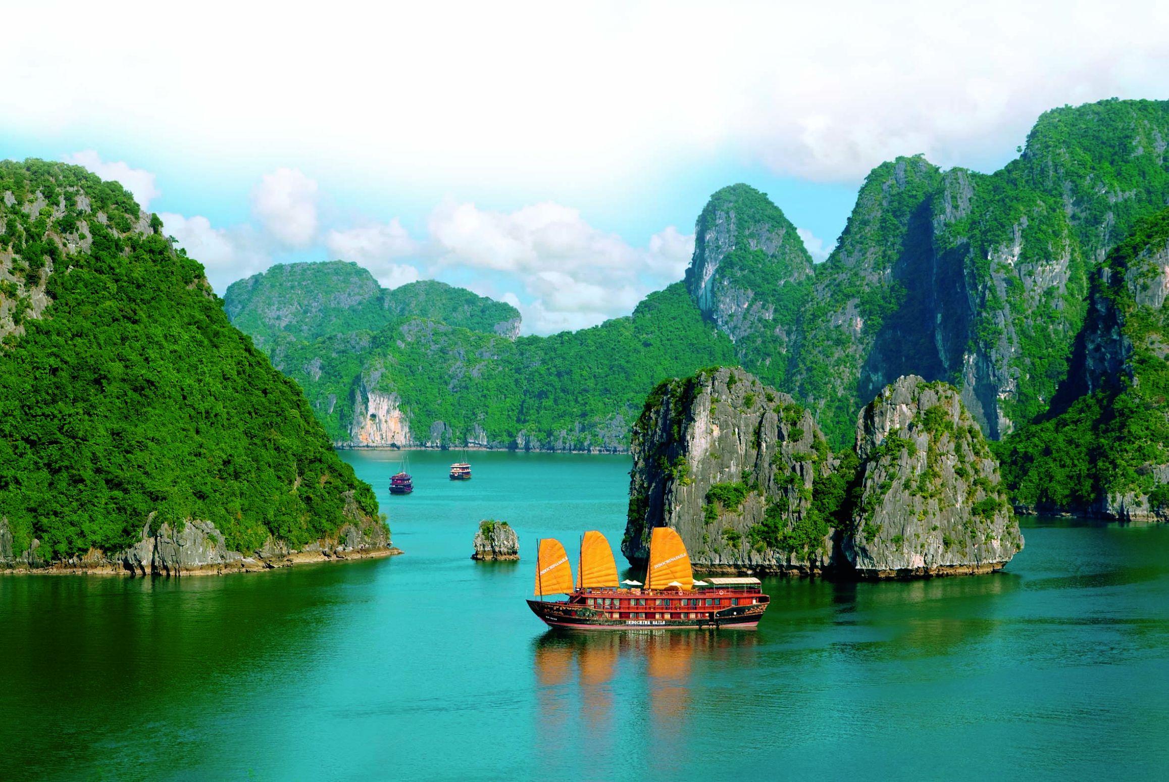 Vietnam_Halong_Nuuk-Travel-3